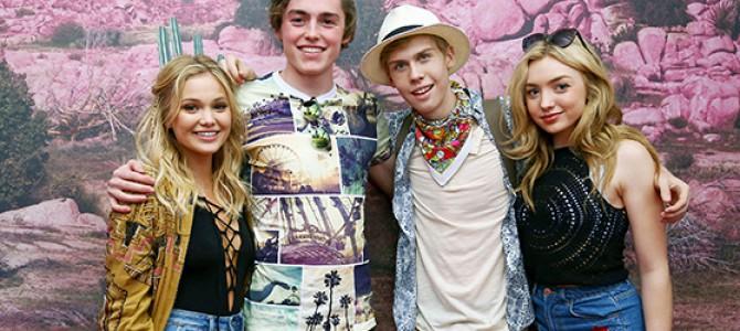 Olivia Holt comparece ao primeiro dia do festival Coachella; veja várias fotos