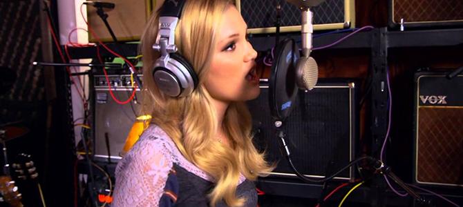 """Pelo Twitter, Olivia Holt promete novas músicas para """"muito em breve"""""""