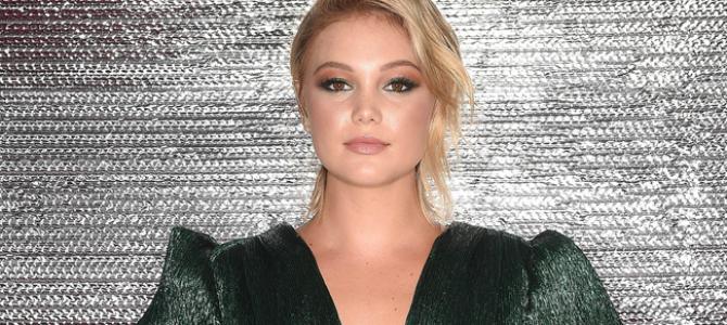 Portraits de Olivia Holt durante o Teen Choice Awards 2018 são divulgados; confira