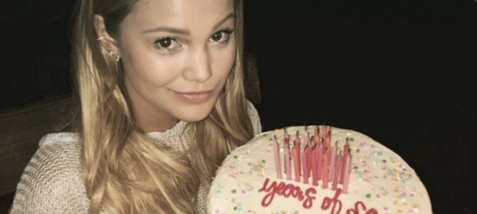 FIXO: Participe do projeto de aniversário de 24 anos da Olivia Holt!